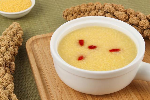 小米粥可以天天吃吗,小米粥虽好但食用也要注意