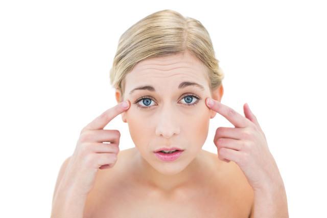 女人脸上长皱纹怎么办?皱纹出现是因为这些原因