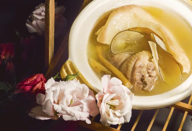"""广东人为什么喜欢煲汤?经常喝汤的好处和妙用!"""""""