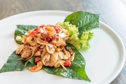 烹饪鱼肉时,添加上鱼鳔营养更加丰富