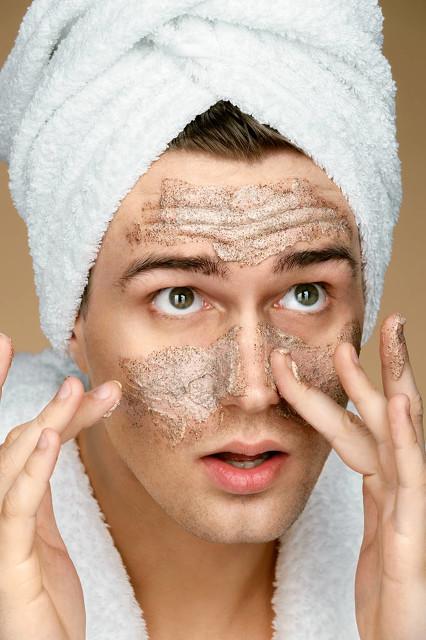 男性要如何护理好自己的皮肤