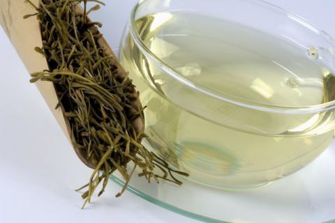 清热不伤脾,降火而不伤胃,甘草金银花茶有哪些饮用禁忌
