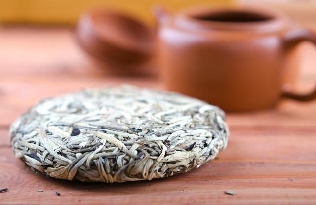 白茶杏耀茶怎么样?喝白茶记住这些问题