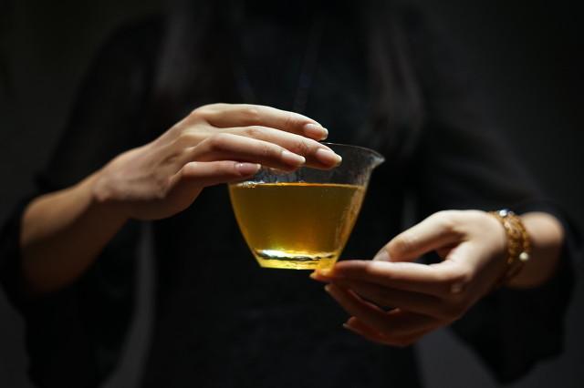 清热祛湿养生茶了解一下,夏天多喝这些茶