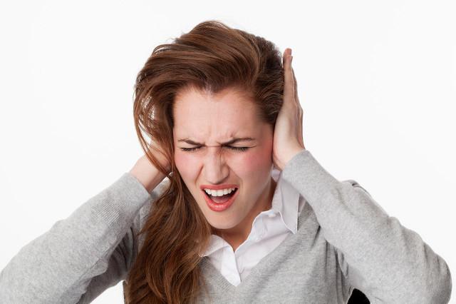 不定期脑鸣是怎么回事?出现此类症状别慌别紧张!