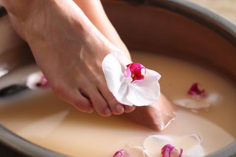 夏季凉水洗脚好处坏处,会有什么后果