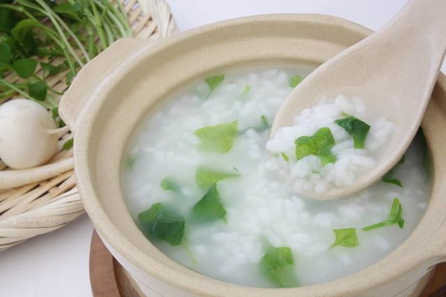 香菇青菜粥养胃排毒