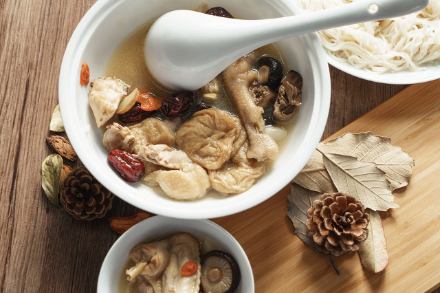 如何去除香菇中的异味