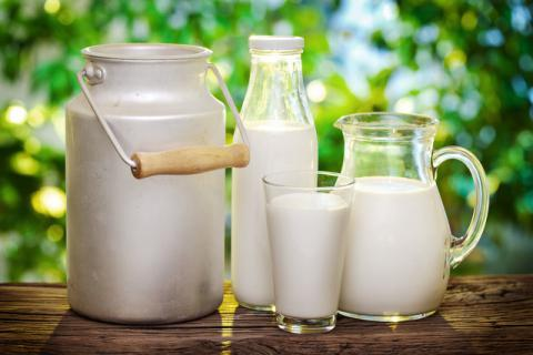 全脂牛奶和脱脂牛奶的区别,两者各有千秋