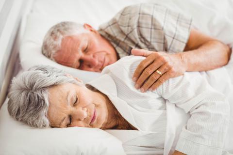 秋季老年人睡眠问题怎么办?专用食谱伴你安然入睡