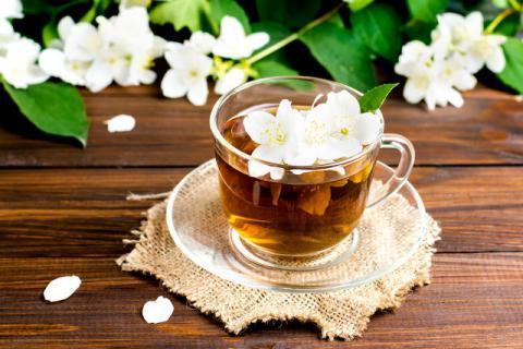 茉莉花茶的功效作用 清火消食提亮肤色
