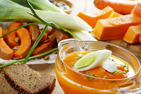 秋季多喝汤,全家都健康!最适合秋季的几款养生汤推荐!
