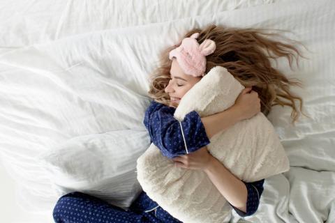 被闹钟强迫叫醒有哪些危害,如何才能自然醒
