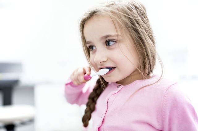 有哪些人群不适合使用电动牙刷