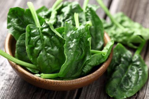 冬季进补的最佳蔬菜――菠菜,食用时有哪些注意事项
