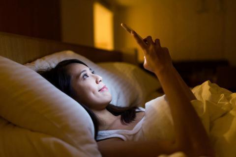 沉迷手机的危害,对身体和心理上造成的伤害有哪些