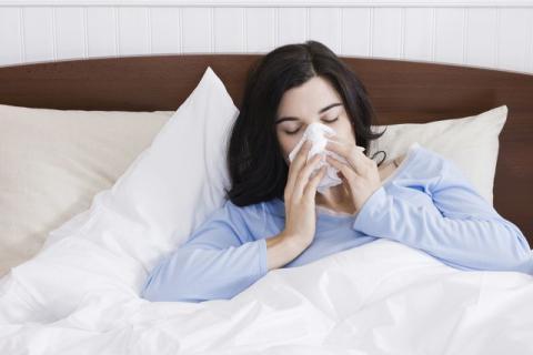 吃感冒药有哪些注意事项,感冒病症虽小用药也要谨慎!