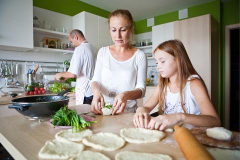 炖煮燕窝用什么锅,挑选出好的锅具才能煮出营养药膳