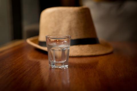 黑糯米黄酒功效与作用,喝酒也不一定是伤身体的!