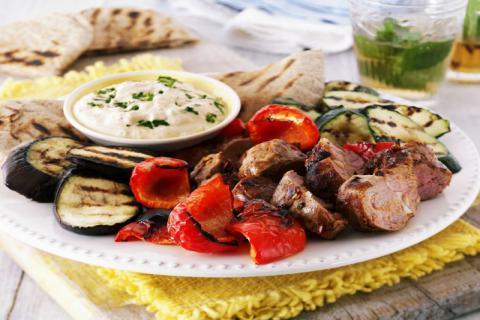 羊肉汤熬白的技巧,这样熬煮才会浓香四溢