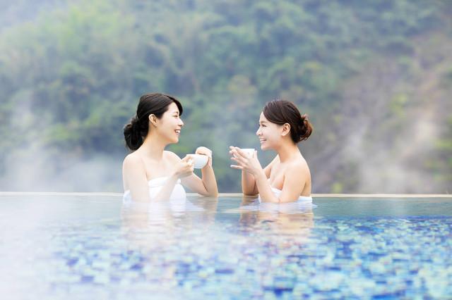 泡温泉适合在吃饭前还是吃饭后,教你最舒适的泡温泉方式