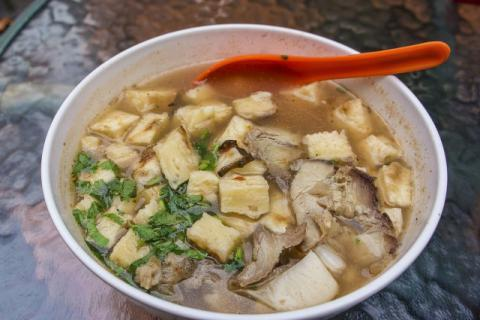 羊肉汤怎么熬好喝?就该这样熬汤喝!