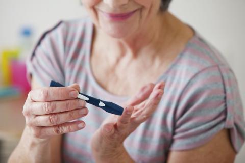 糖尿病患者可以食用桃胶银耳粥吗,滋补虽好还需注意这些