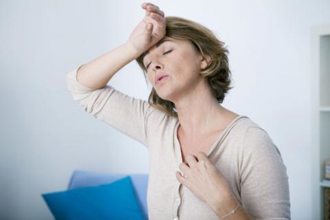 女人更年期吃什么补气血,对抗衰老从这几种食物开始