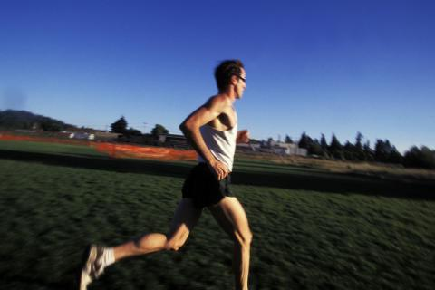 坚持跑步运动的好处和坏处,好处和坏处都要了解!