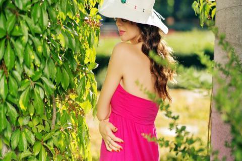 女性湿热体质有哪些表现症状,身体调节还需这样规划