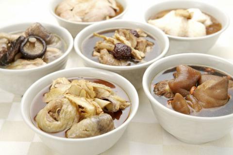 黑糯米醋猪脚的作用,不仅美味而且健康!