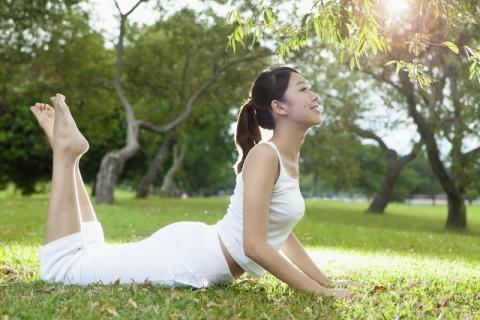学瑜伽的最好年岁段是甚么时间,只需想学怎样都不晚