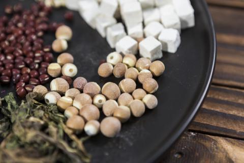 熟芡实的食用功效,如何炒制熟芡实