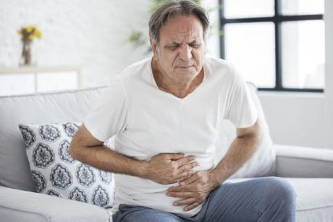 中老年饭后运动缓解胃胀,哪些运动比较好?