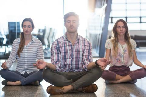 哪个瑜伽行动是健脾胃的?赶忙学学这些行动!
