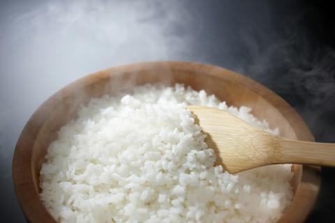 米饭和糙米饭热量,减肥必须知道