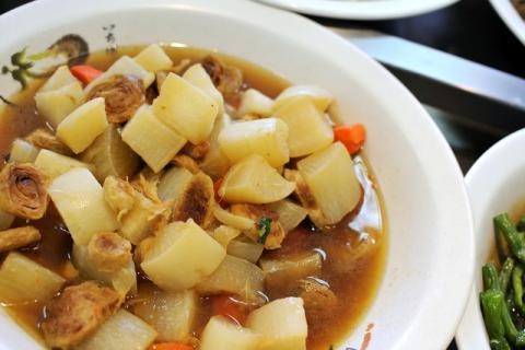 白萝卜清炖肥肠,这道食物究竟有什么神奇效果?