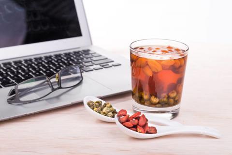 桑葚枸杞红枣茶的功效,所有人都能喝!