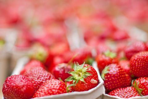 草莓酱的做法以及食用方法,最大程度的保留新鲜口感