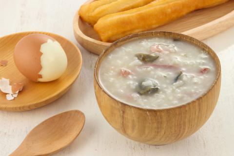 咸�u蛋瘦肉粥的做法,�M�@在舌尖上的美味,不可�e�^!