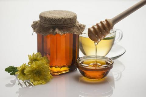 集百花之精华,百花蜂蜜水的作用与功效是什么?