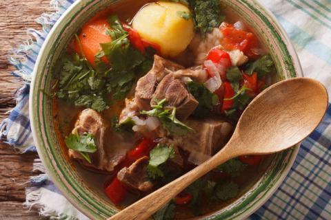 喝羊肉汤有什么好处?羊肉汤的食用禁忌要注意