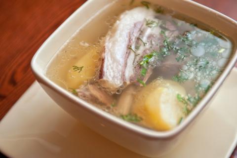 羊肉汤可以放枸杞吗,原来这么久都吃错了