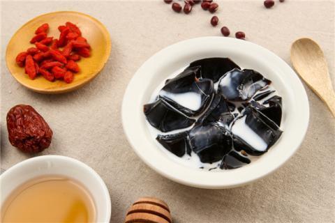 食用龟苓膏有哪些好处?龟苓膏的食用禁忌