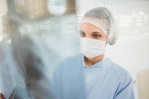 做胃镜很痛苦吗?做胃镜对身体的伤害有哪些?配合医生才能降低痛苦