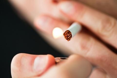 长期抽烟突然戒烟好吗,原来戒烟有这么多好处,看完就把烟戒了吧!