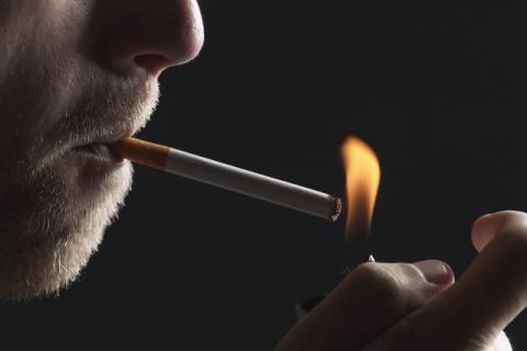 吸烟有害安康吗?强行戒烟会对身段有影响吗?