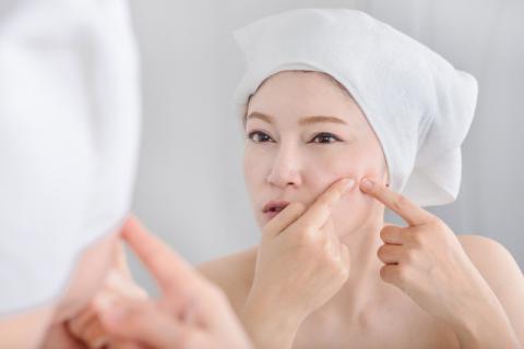 头上皮肤长痘痘是缺什么?从根源上解决痘痘问题