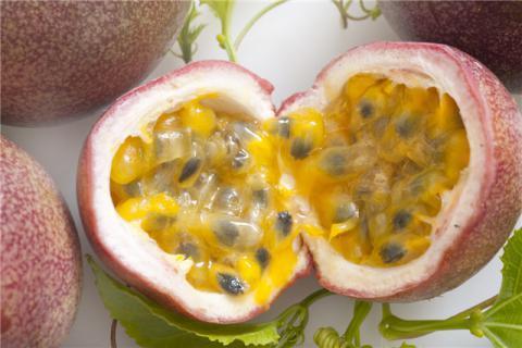 用百香果怎么泡水喝?百香果的营养价值,美味百香果,食用有禁忌