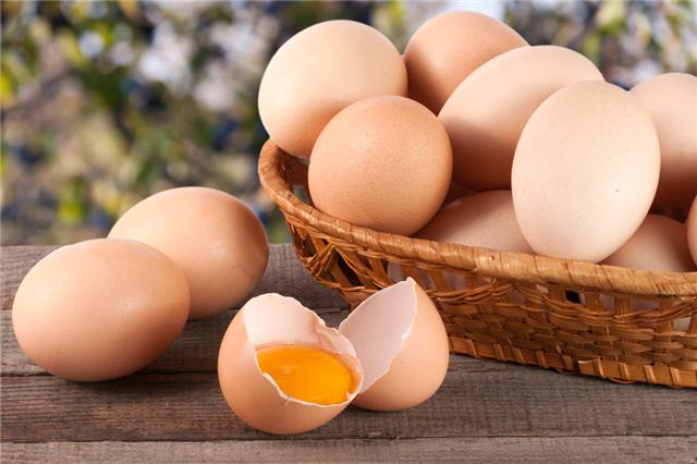 女人吃鸡蛋黄的好处与坏处!鸡蛋黄营养高,多吃有?:?  width=